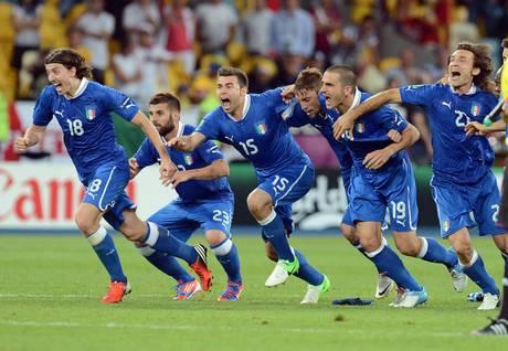 Euro 2012, dominio Italia, avanti di rigore