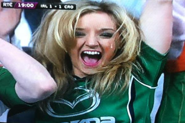 VIDEO: La Spagna vince 4-0 ma negli ultimi minuti i tifosi irlandesi non perdono...