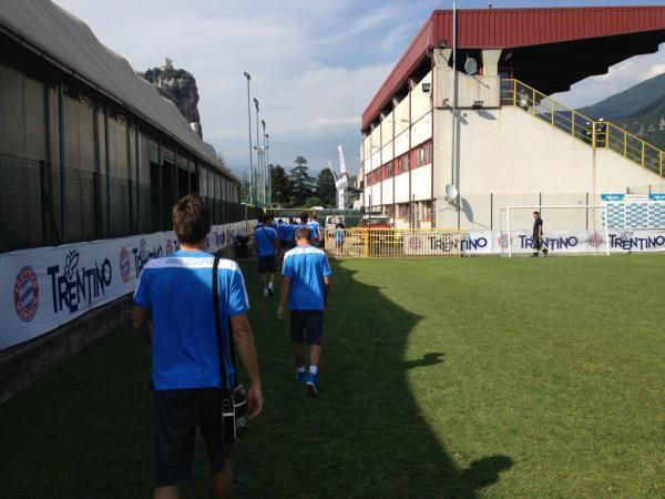 RILEGGI IL LIVE - Napoli vs Bayern Monaco 3-2!!!
