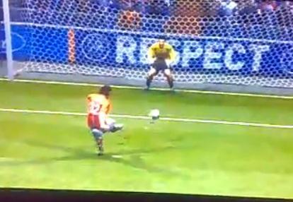 VIDEO: Quando Casillas volò oltre la traversa...