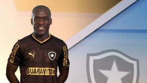 Video: Seedorf al Botafogo, esplode la torcida in aeroporto