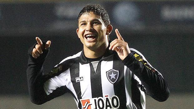 VIDEO - Il Botafogo di Seedorf incanta: che gol di Elkeson!