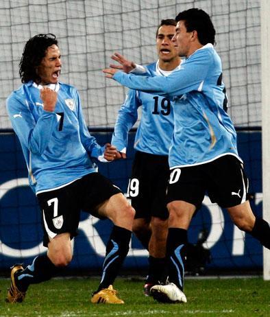 Cavani in gol nell'amichevole Uruguay-Central Espanyol