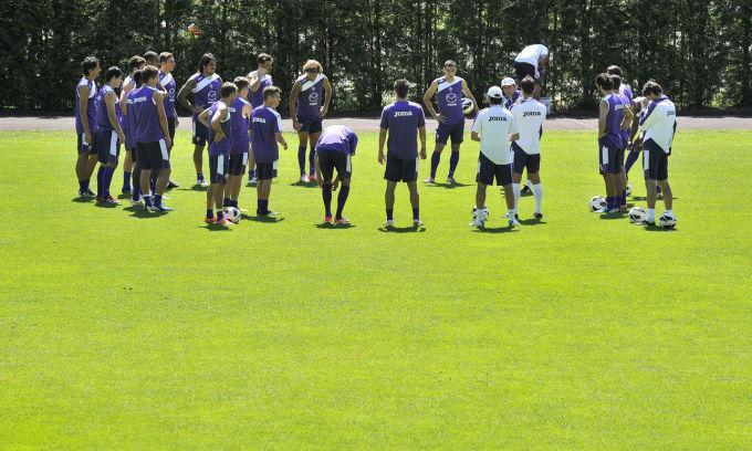 Allenamento pomeridiano per la Fiorentina sotto gli occhi di patron Della Valle