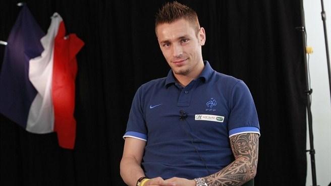 UFFICIALE - Il Bordeaux ha ufficializzato l'arrivo in prestito dall'Arsenal di Mathieu Debuchy.