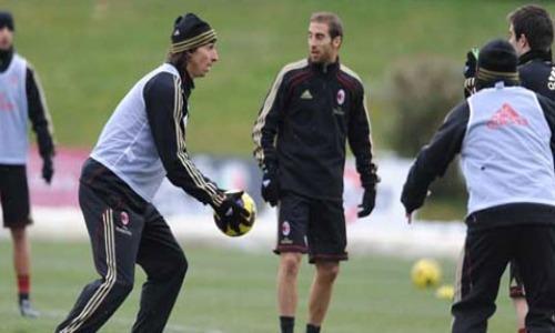 Qui Milan - Lavoro tattico per i rossoneri. Presenti a Milanello tutti i nazionali