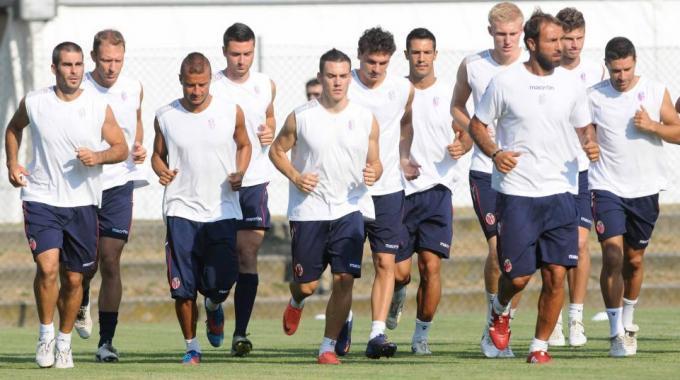 Qui Bologna, i rossoblu si preparano per il match contro il Napoli