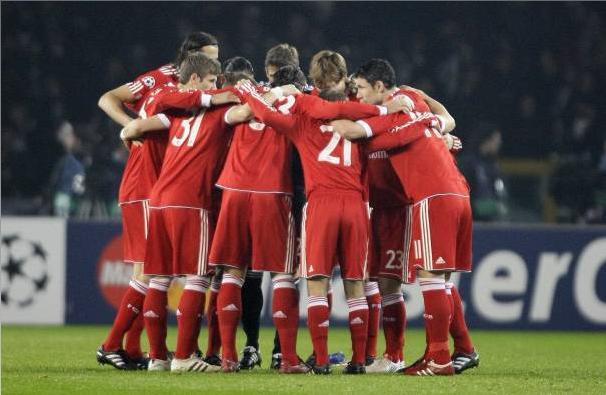 Duro contrasto per un campione del Bayern Monaco, adesso rischia di perdere un occhio!