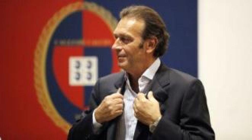 1° Cagliari, 7 allenatori cambiati