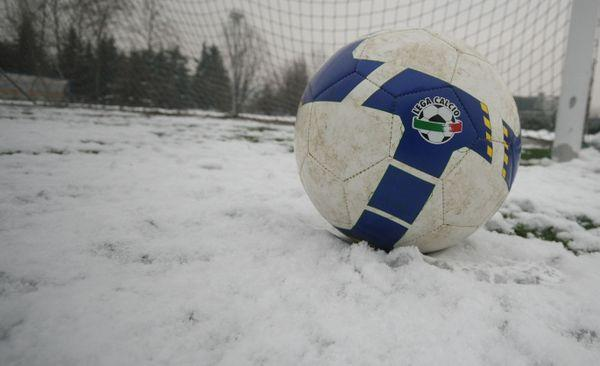 La neve ferma le ragazze del Napoli Carpisa Yamamay