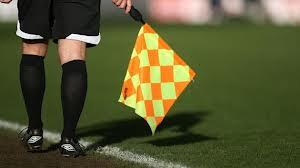 SHOCK: Olanda, giovani calciatori massacrano guardalinee