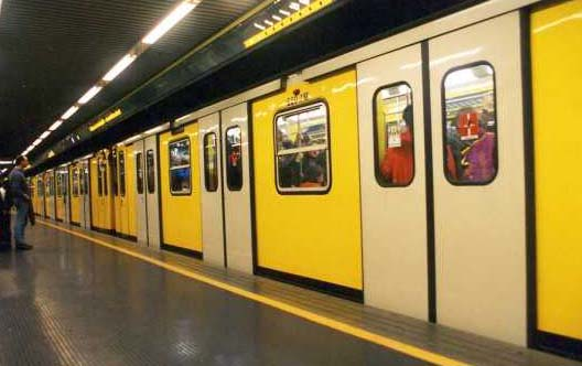 Napoli assicura un valido servizio metropolitano serale per agevolare il deflusso dei tifosi