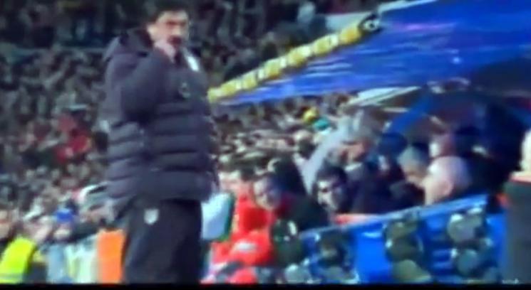 In campo minaccia Mourinho: