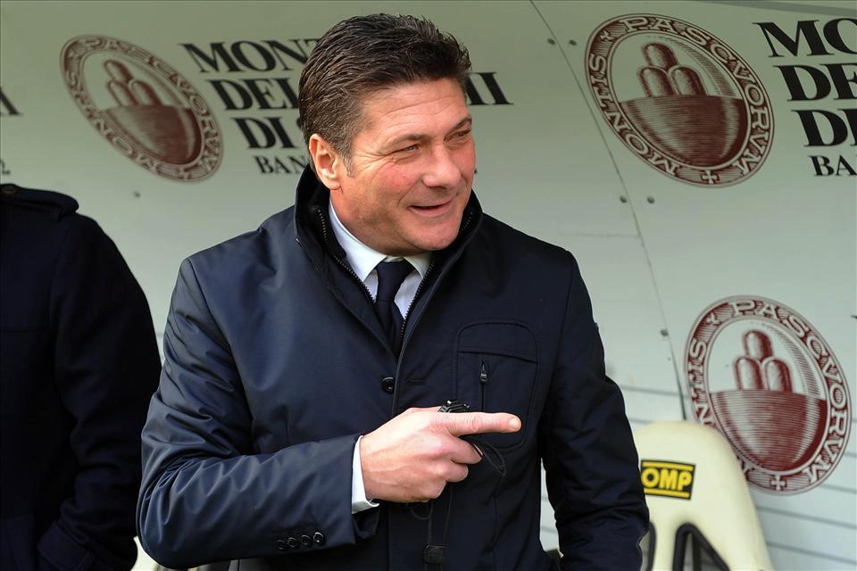 Genio e sregolatezza, Mazzarri lancia la sfida a Mario Balotelli