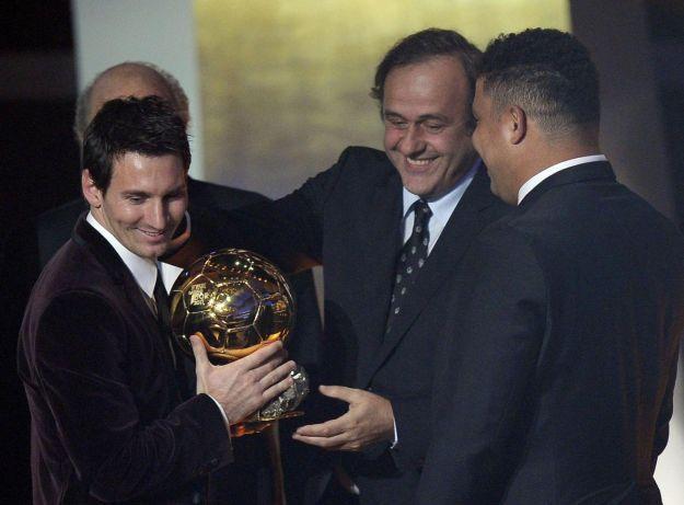 Messi, è poker! Pallone d'oro all'argentino, all'interno anche le altre premiazioni. Intanto Fabio Cannavaro esprime un desiderio...