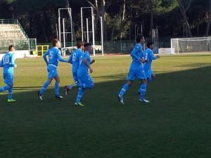 Napoli - L.I.A.C New York 1 - 0 all'intervallo