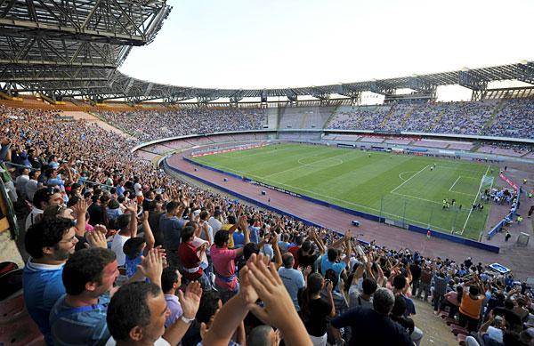 Stasera tutti al San Paolo: il record di presenze stagionale rischia di crollare