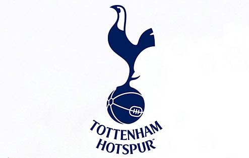 VIDEO - Tottenham-Partizan, invasione di campo e partita sospesa. Il motivo? L'ultima moda...