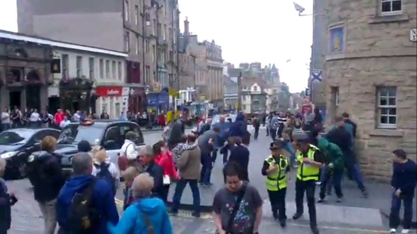Edimburgo scontri tifosi