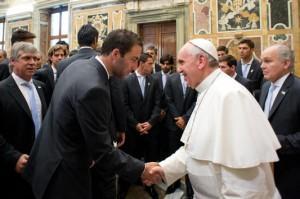 Higuain-e-Papa-Bergoglio
