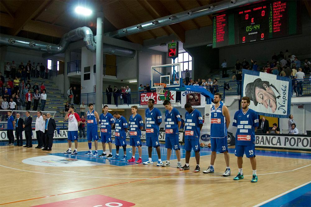 Azzurro Napoli Basket al capolinea, arriva l'esclusione dal campionato