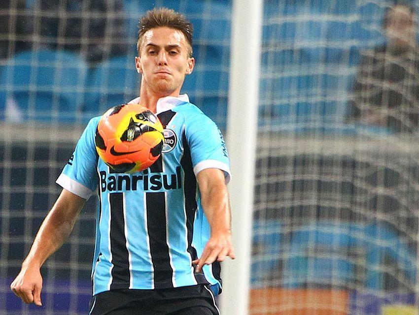 Bressan será a novidade do Grêmio contra o Santos nesta quarta-feira