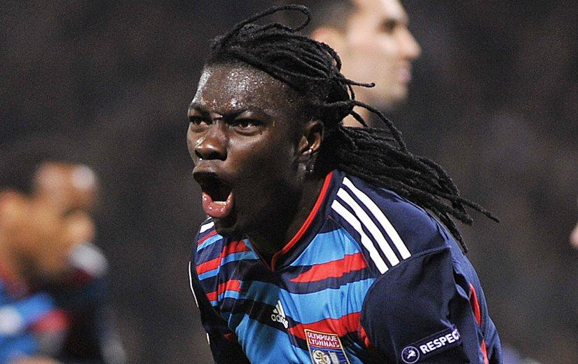 Newcastle-United-manager-Alan-Pardew-has-confirmed-the-clubs-interest-in-Olympique-Lyonnais-striker-Bafetimbi-Gomis.