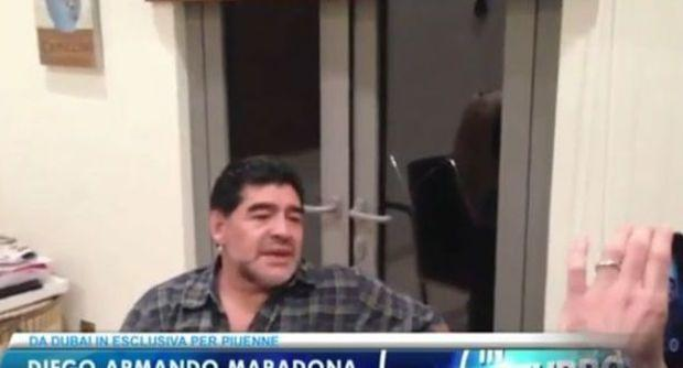 VIDEO - Maradona infiamma Napoli: