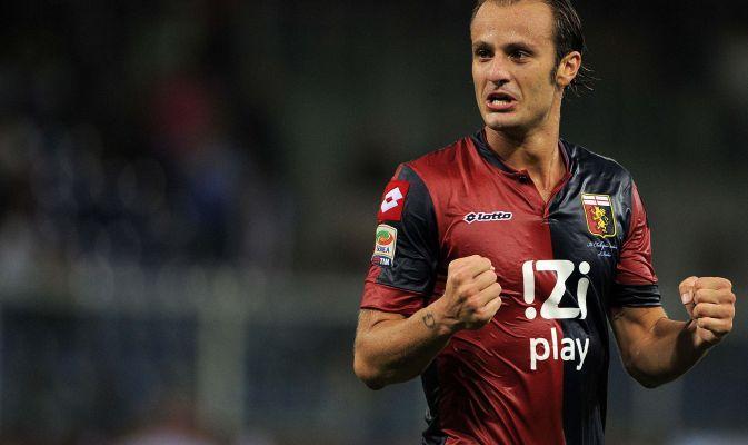 Alberto Gilardino - L'attaccante del Guangzhou è uno degli attaccanti più richiesti delle ultime ore. Dopo Cagliari, Parma e Sassuolo secondo Pedullà c'è anche l'interesse della Fiorentina. Sarebbe un ritorno per il 32enne biellese.