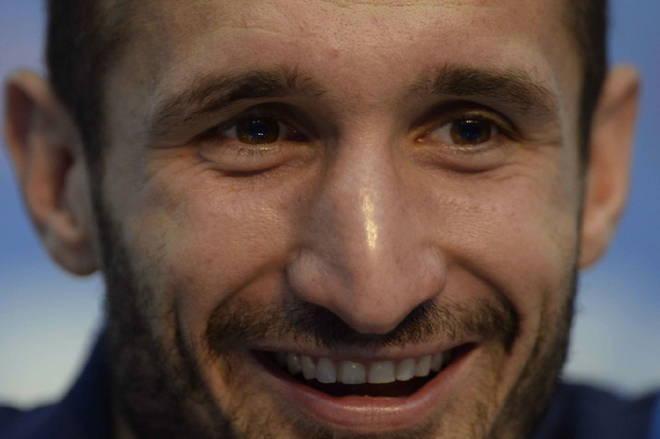 Juve, Allegri sorride: Chiellini in gruppo. Higuain, via alla riabilitazione