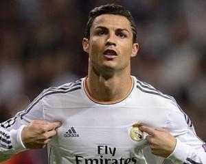 Cristiano Ronaldo sempre nel 2009 ci mise poco a polverizzare il record di Kakà, il Manchester United lo diede al Real Madrid per 93 mln di euro