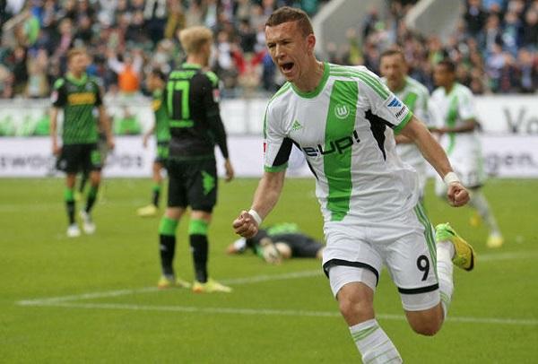 Ivan Perisic, l'esterno destro croato è il vero top player del Wolfsburg secondo in classifica; contro lo Stoccarda sigla una fantastica doppietta.