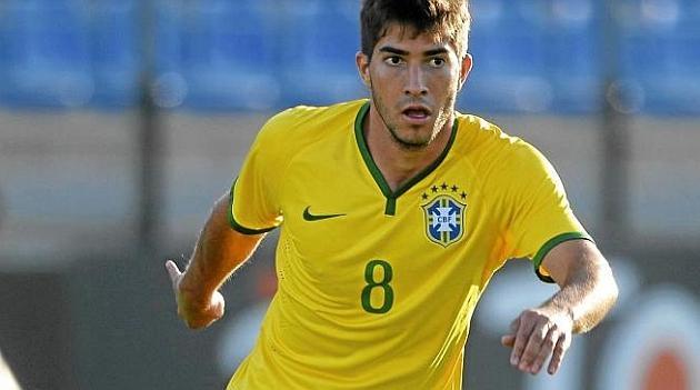 UFFICIALE: Lucas Silva ('93) si trasferisce al Real Madrid. Il centrocampista brasliano proviene dal Cruzeiro