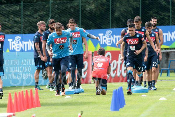 Napoli Dimaro2015 gabriel callejon allenamento