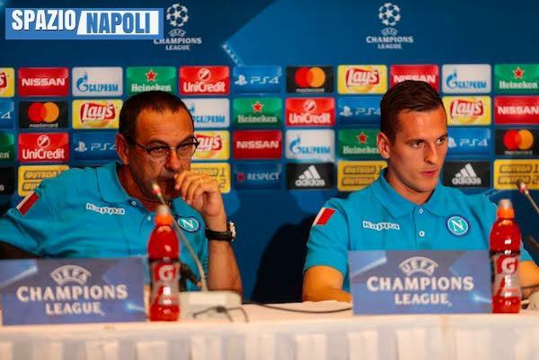 Milik contro Higuain: il polacco vince lo scontro in Champions League