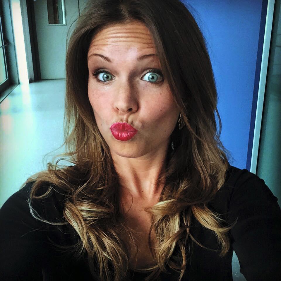 25° - Irene Saderini. Conduttrice del canale tematico Sky Moto. Ha avuto una relazione con il pilota Danilo Petrucci