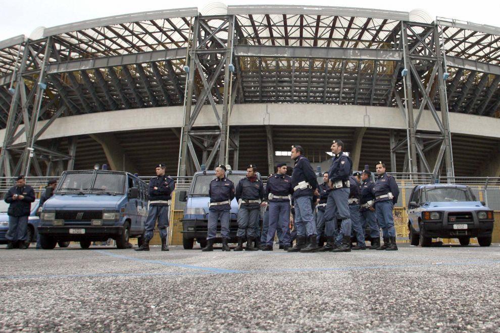 polizia-stadio-san-paolo