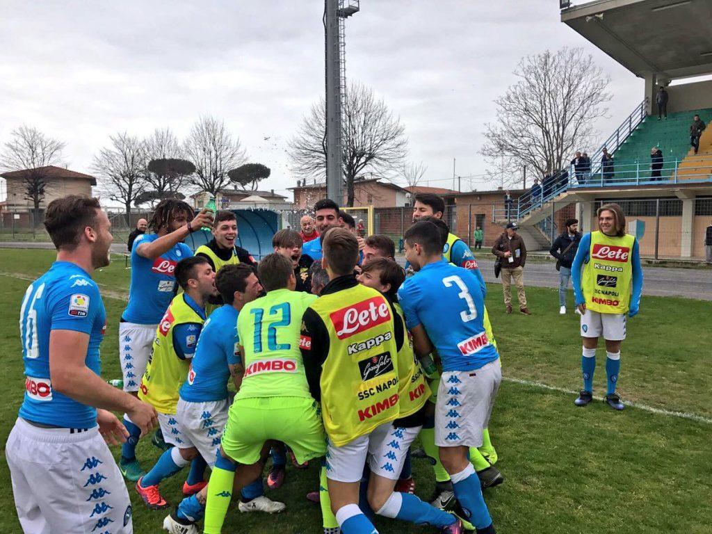 PAGELLE - Il Napoli batte il Bari e vola agli ottavi di finale della Viareggio Cup: Leandrinho e Liguori mattatori del match!