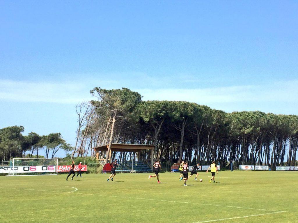 FOTO - Napoli a Castel Volturno per l'allenamento mattutino: in ...