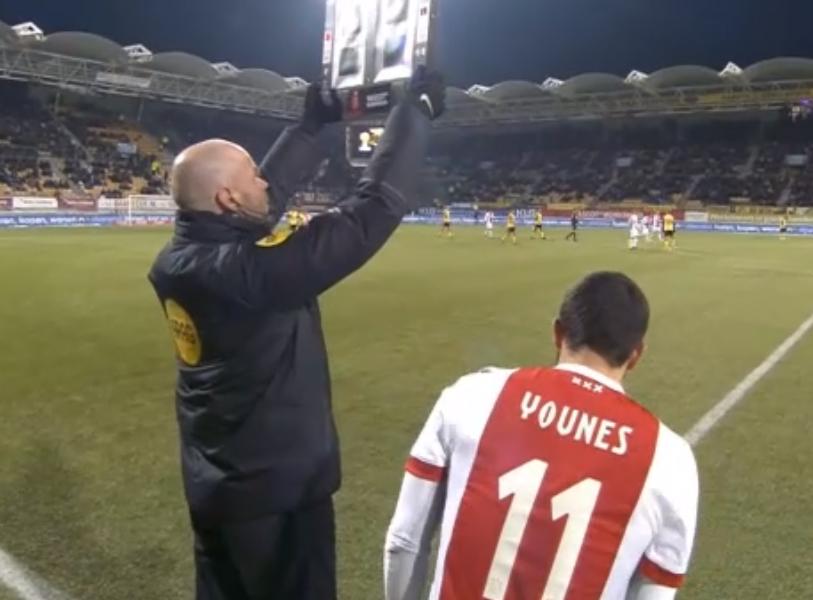 Ajax, caso Younes: si rifiuta di entrare in campo nel finale