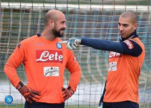 Pepe Reina saluta il Napoli, questa sera la festa di addio