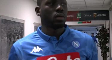 Dall'Inghilterra insistono: Mourinho vuole Koulibaly. Pronte follie per il senegalese.