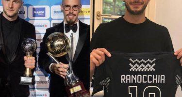 FOTO – Hamsik vince il pallone d'oro slovacco, battuto Skriniar: ma Ranocchia non ci sta!