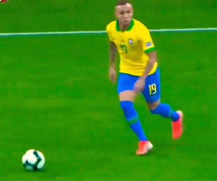 Calciomercato Napoli: offerta per il brasiliano Everton Soares