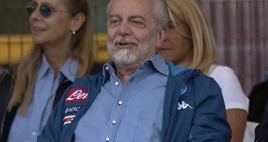 Napoli, De Laurentiis porta la squadra in causa: danno d'immagine valutato 8 milioni
