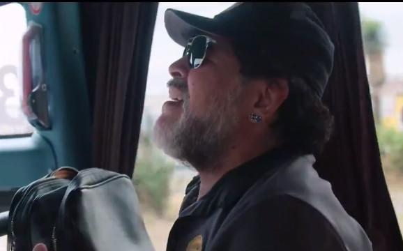 Maradona, ufficiale l'addio alla panchina del Gimnasia