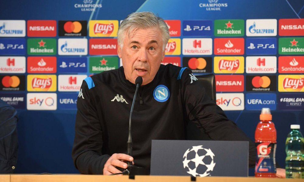 Napoli, un giocatore è andato via prima dell'incontro con De Laurentiis