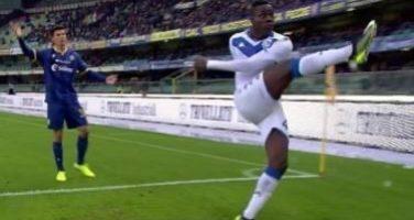 Gesto vergognoso all'esterno dell'Allianz Stadium! Esposto uno striscione razzista contro Balotelli
