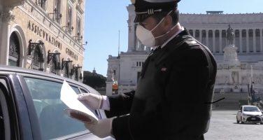 """""""Non ho soldi, non posso fare la spesa"""", e i carabinieri lo aiutano"""