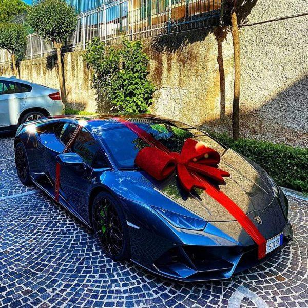 Insigne Lamborghini regalo